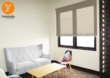 gordyn roller blind